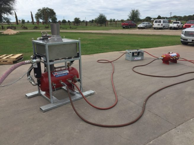 TX-MSS-800 800 CFM Moisture Separating System in use in a Parking Lot | Texas Pneumatic Tools, Inc.